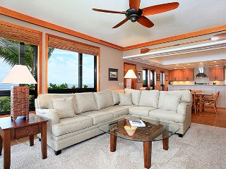 Unit 30 Ocean Front Prime Luxury 3 Bedroom Condo - Lahaina vacation rentals
