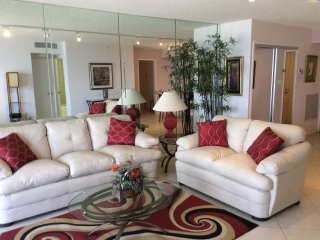Surfside Florida Condo - Ocean View, Balcony - Surfside vacation rentals