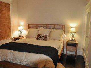 1 BEDROOM 1 BATH APARTMENT WITH ROOF DECK VIEW OF SAN FRANCISCO BAY - San Francisco vacation rentals