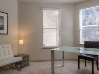 2 bedroom Condo with Internet Access in Alviso - Alviso vacation rentals