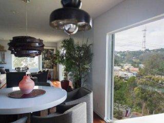 SINGLE FAMILY HOME IN MIRALOMA PARK - San Francisco vacation rentals