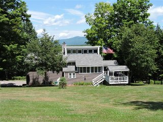 Beautiful Home Close To Winnipesaukee Beach - Moultonborough vacation rentals