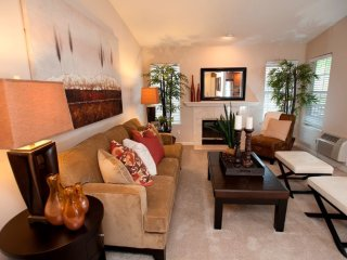 Furnished 1-Bedroom Apartment at Vista Club Cir & Carlyle Ct Santa Clara - Santa Clara vacation rentals