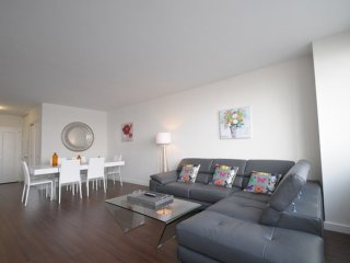 3 bedroom Condo with Internet Access in New York City - New York City vacation rentals