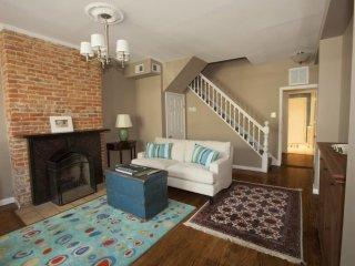 ELEGANT 2 BEDROOM 2.5 BATHROOM FURNISHED APARTMENT - Washington DC vacation rentals