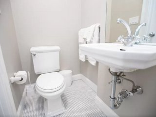 Lovely Studio Apartment  in Boston - Hotel Like Experience - Boston vacation rentals