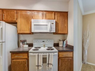 Furnished 2-Bedroom Apartment at Lincoln Meadows Dr & Aster Dr Schaumburg - Schaumburg vacation rentals