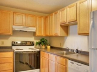 2 bedroom Condo with Internet Access in Worcester - Worcester vacation rentals