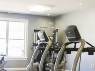 Furnished 1-Bedroom Apartment at Princeton Rd & Old Turnpike Rd Fitchburg - South Chelmsford vacation rentals