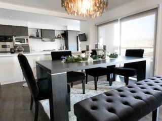 Furnished 2-Bedroom Apartment at S Moreno Dr & Durant Dr Beverly Hills - Beverly Hills vacation rentals