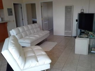 Furnished 2-Bedroom Apartment at 513 Hoefner Ave East Los Angeles - East Los Angeles vacation rentals