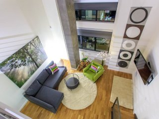 Pristine Symphony/Opera Loft - San Francisco Bay Area vacation rentals
