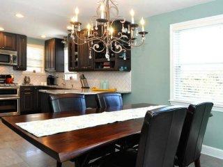 3 bedroom, 2 bathroom, 3 level home - Bethesda vacation rentals