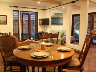 Furnished Studio Apartment at 28th Ave & Grand Canal Los Angeles - Venice Beach vacation rentals