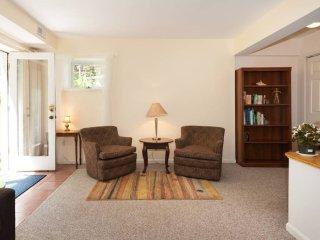 Garden Suite near Metro (Bethesda) - Bethesda vacation rentals