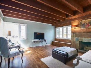 Furnished 1-Bedroom Duplex at S Coast Hwy & Victoria Dr Laguna Beach - Laguna Beach vacation rentals