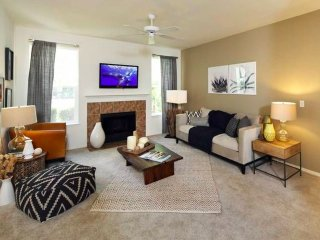 Furnished 3-Bedroom Apartment at Bothell Everett Hwy & 196th St SE Bothell - Bothell vacation rentals