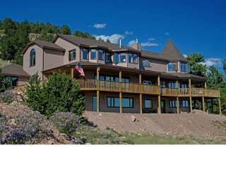 Alpine Vista Retreat - 9 Beds/8.5 Baths/24 Acres - Cripple Creek vacation rentals