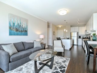 Furnished 1-Bedroom Apartment at W Kinzie St & N Orleans St Chicago - Chicago vacation rentals