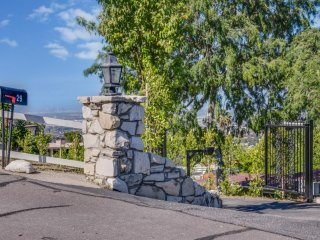 Furnished 3-Bedroom Home at Palos Verdes Dr E & Rockinghorse Rd Rancho Palos Verdes - Rancho Palos Verdes vacation rentals