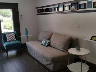 Furnished 1-Bedroom Apartment at Kuehner Dr & Katherine Rd Simi Valley - Simi Valley vacation rentals