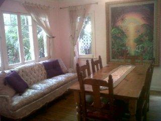 Furnished 4-Bedroom Home at Navy St & Highland Ave Santa Monica - Santa Monica vacation rentals