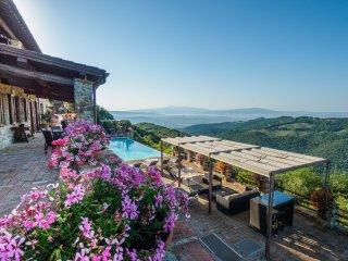 Poggio alla Rocca - CORBEZZOLO - Casale di Pari vacation rentals