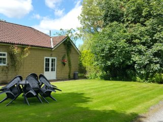Convenient 2 bedroom Crayke Bungalow with Internet Access - Crayke vacation rentals