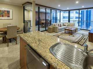 Luxury Penthouse Suite all to yourselves - Perth vacation rentals