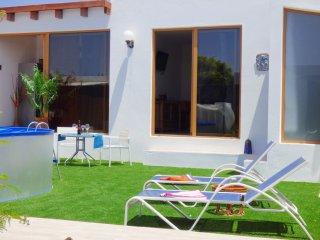 Nice one bedroom villa with pool and garden - Playa Blanca vacation rentals