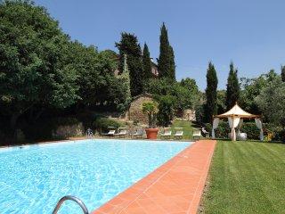 Borgo Dolci Colline Granaio - Pieve di Chio vacation rentals