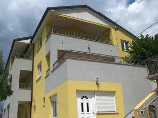 Nice 2 bedroom Apartment in Sveti Juraj with Internet Access - Sveti Juraj vacation rentals
