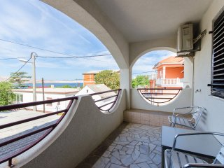 Apartments Ružica - 60291-A1 - Karlobag vacation rentals