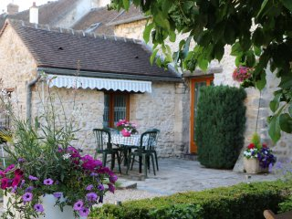 Nice 1 bedroom Gite in Fontainebleau - Fontainebleau vacation rentals