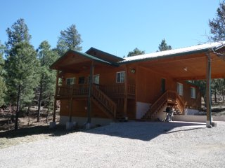 Gorgeous 3 bedroom Ruidoso House with Game Room - Ruidoso vacation rentals