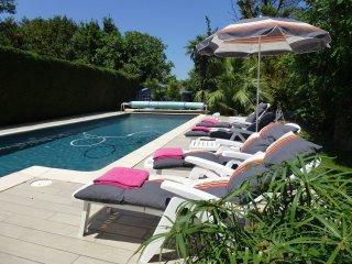 Les volets bleus   Chambre d'hôtes - B§B - Baho vacation rentals
