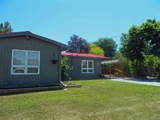 Wonderful 3 bedroom Wellington House with Internet Access - Wellington vacation rentals