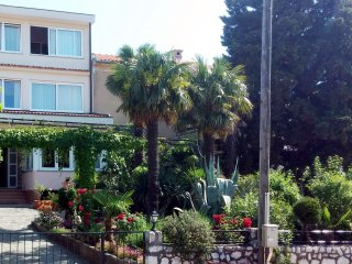 Cozy Studio with Television and Microwave - Crikvenica vacation rentals