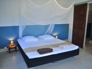 Romantic 1 bedroom Bouillante Bungalow with Internet Access - Bouillante vacation rentals