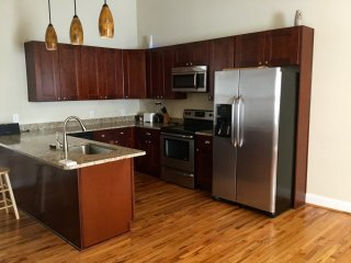 Charming House with Washing Machine and Microwave - Atlanta vacation rentals