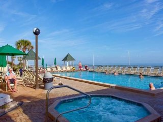 Epic Sunrises Ground Floor Deluxe Walk Out - Daytona Beach vacation rentals