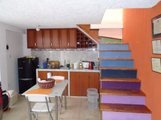 Comfortable 2 bedroom Condo in Trujillo - Trujillo vacation rentals