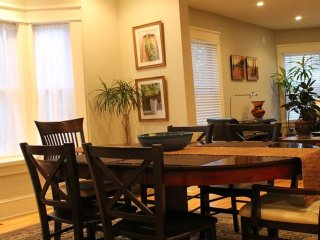 2 bedroom Apartment with Internet Access in Lenox Dale - Lenox Dale vacation rentals