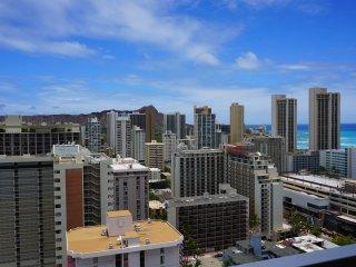 Waikiki Condo w/Large Lanai Ocean View! Free WiFi - Waikiki vacation rentals