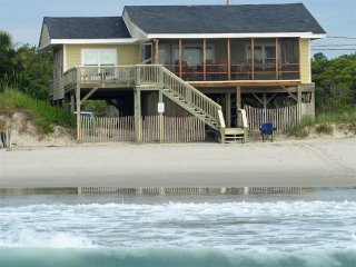 Comfortable House with Balcony and Porch - Pawleys Island vacation rentals