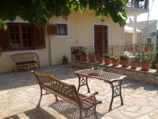 Nice Condo with Television and Balcony - Gaios vacation rentals