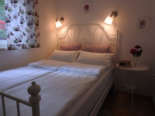 Nice 2 bedroom House in Grabovac - Grabovac vacation rentals