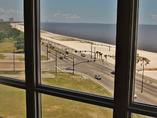 Nice Condo with Deck and Internet Access - Gulfport vacation rentals