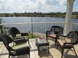 Nice Condo with Deck and Internet Access - Grand Cayman vacation rentals