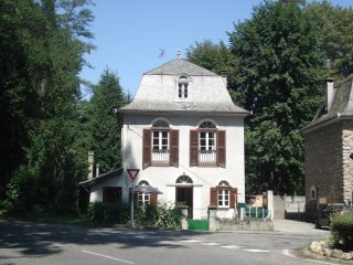 Perfect House with Internet Access and Parking - Ornolac-Ussat-les-Bains vacation rentals